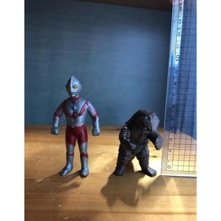 ウルトラマンと地底怪獣テレスドン フィギュア(キャラクターグッズ)