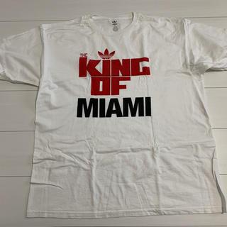 アディダス(adidas)のアディダス レブロン キングオブマイアミ Tシャツ XLです。(Tシャツ/カットソー(半袖/袖なし))