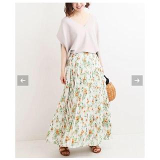 イエナ(IENA)のイエナ 新品タグ付き カスレフラワープリーツスカート 38(ロングスカート)
