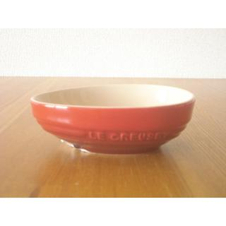 ルクルーゼ(LE CREUSET)のルクルーゼ アボカドディッシュ チェリーレッド■新品 耐熱 赤 小鉢(食器)