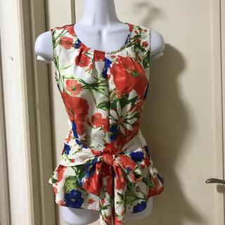 ナラカミーチェ(NARACAMICIE)のナラカミーチェ✳︎花柄リボン付きトップス(シャツ/ブラウス(半袖/袖なし))