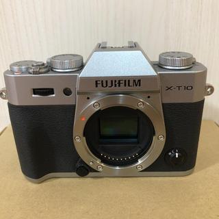 フジフイルム(富士フイルム)のFUJIFILM X-T10 美品 ミラーレス一眼 ボディ(ミラーレス一眼)