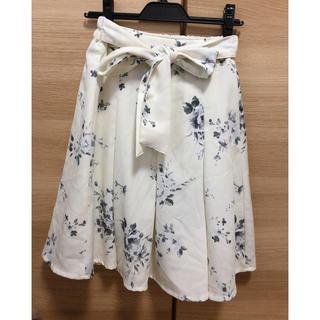 シマムラ(しまむら)のウエストリボン 花柄スカート(ひざ丈スカート)