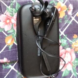 オーディオテクニカ(audio-technica)のATH-BT12 Bluetoothイヤホン ワイヤレスイヤホン 美品(ヘッドフォン/イヤフォン)