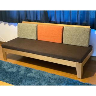 オーダーメイドの高級デザイン3人掛けソファー(三人掛けソファ)
