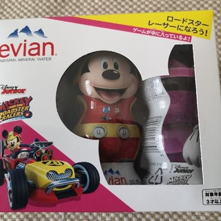 ディズニー(Disney)の新品未開封エビアンディズニーボトルセット(ミネラルウォーター)