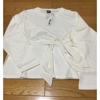 メルロー(merlot)の新品未使用トップス(Tシャツ(長袖/七分))