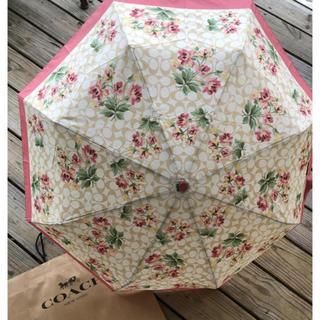 コーチ(COACH)のコーチ かわいい花柄の折り畳み傘(傘)