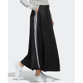 アディダス(adidas)のアディダスオリジナル Mサイズ ロングサテンスカート(ロングスカート)