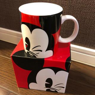ディズニー(Disney)のDisney store Mickeyマグカップ新品✨(キャラクターグッズ)