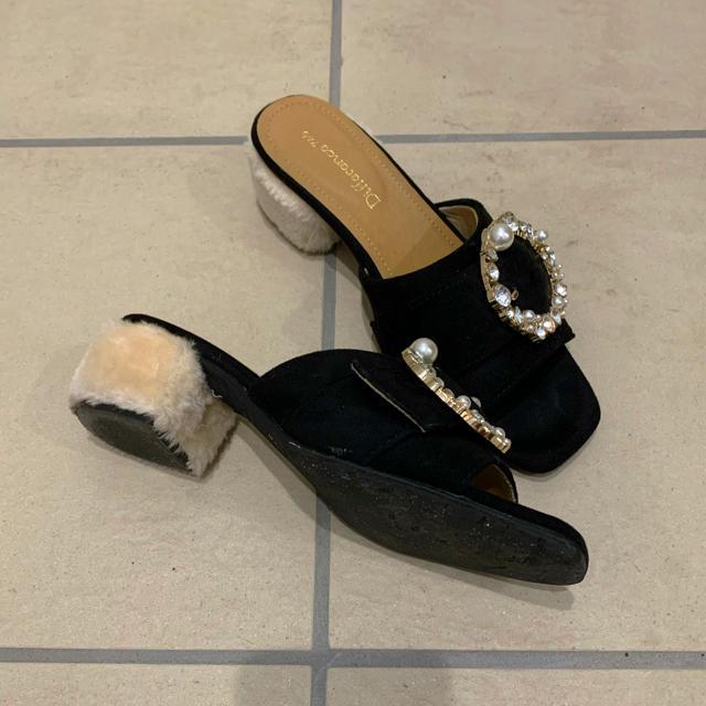 Avail(アベイル)の売り切り価格♡美品♡ビジューバングルサンダル レディースの靴/シューズ(サンダル)の商品写真