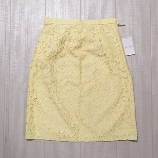 エニィスィス(anySiS)の新品 anysis  レーススカート(ひざ丈スカート)