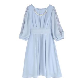 アクシーズファム(axes femme)のaxes femme タックデザインドレス(ひざ丈ワンピース)