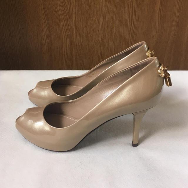 LOUIS VUITTON(ルイヴィトン)の美品 ルイヴィトン パンプス  レディースの靴/シューズ(ハイヒール/パンプス)の商品写真