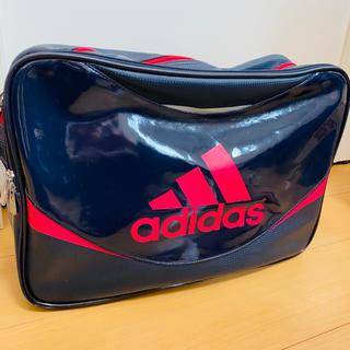 adidas - アディダスのエナメルバッグ