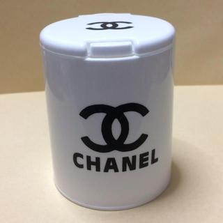 CHANEL - 1個のみ!新品 ワンプッシュ 綿棒BOX ホワイト