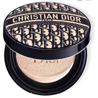クリスチャンディオール(Christian Dior)のみい様専用 限定品 Dior ディオールマニア クッションファンデーション 0N(ファンデーション)