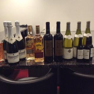 テキーラ  シャンパン  赤ワイン  しろワイン リキュール 15本(ワイン)