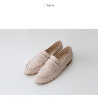 OHOTORO - SOMEMOOD cream loafer