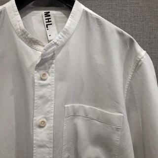 MHL ノーカラー ホワイトシャツ