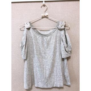ジルスチュアート(JILLSTUART)のJILL STUART  肩出しリボンTシャツ(Tシャツ(半袖/袖なし))