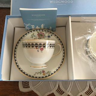 ウェッジウッド(WEDGWOOD)の【新品未使用】ウェッジウッド  カップ&ソーサー レースピオニー(食器)