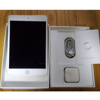 アイパッド(iPad)のMNY32J/A  iPad mini 4 Wi-Fi 32GB Gold(タブレット)