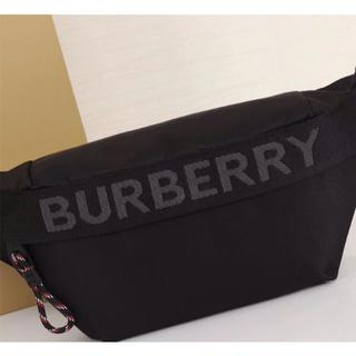 BURBERRY - BURBERRYバーバリー ボディバッグ