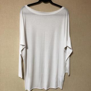 アンティカ(antiqua)のトップス(Tシャツ(長袖/七分))