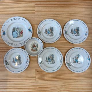 ウェッジウッド(WEDGWOOD)のWEDGWOOD ウェッジウッド 皿 ピーターラビット 7枚セット(食器)