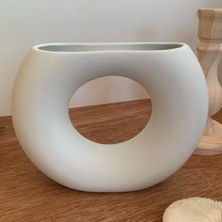 フラワーベース ホワイト(花瓶)
