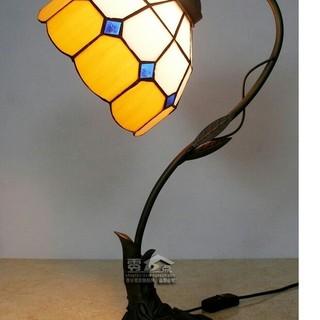 スヨーロトロなロマンチックなテーブルランプガラス製テーブルランプ(フロアスタンド)