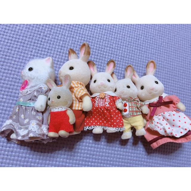 EPOCH(エポック)のシルバニアファミリー人形 6点セット キッズ/ベビー/マタニティのおもちゃ(ぬいぐるみ/人形)の商品写真