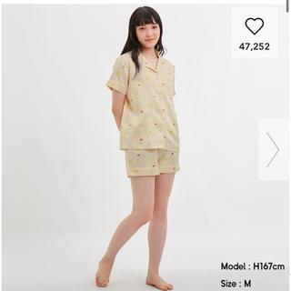 ジーユー(GU)の新品未使用 タグ付 GU ポケモンパジャマ イエロー M(パジャマ)