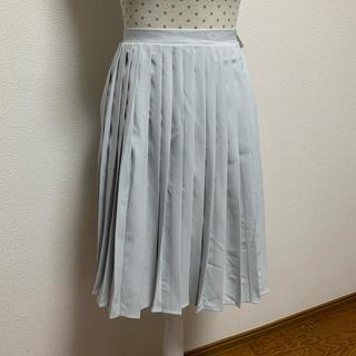 エムズエキサイト(EMSEXCITE)のプリーツスカート(ひざ丈スカート)