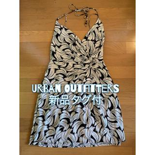 アーバンアウトフィッターズ(Urban Outfitters)の[新品] Urban outfitters バナナ柄ワンピースS タグ付(ひざ丈ワンピース)