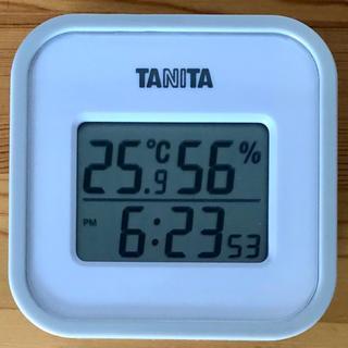 タニタ(TANITA)の【新品】タニタ デジタル温湿度計 壁掛け 時計付き 卓上/3way(その他)