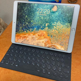 アイパッド(iPad)のiPad Pro Wi-Fi Cellular SIMフリー 10.5 64gb(タブレット)