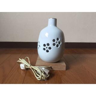 当時もの レトロ  和モダン 陶器 透かし彫り フロアスタンド インテリアライト(フロアスタンド)