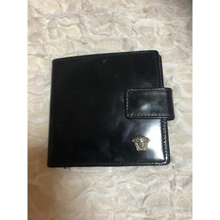 ヴェルサーチ(VERSACE)のVERSACE ヴェルサーチ 二つ折り財布 ミニ  財布 エナメル(折り財布)