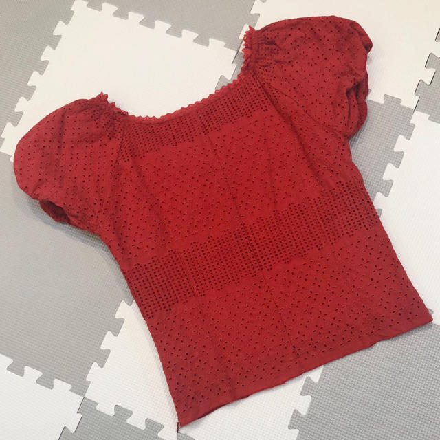 dazzlin(ダズリン)の赤レーストップス レディースのトップス(カットソー(半袖/袖なし))の商品写真