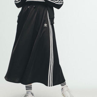 adidas - 新品•未開封!adidas ロングスカート