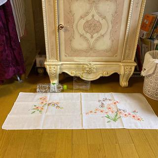 ローラアシュレイ(LAURA ASHLEY)の新品 ガーゼ手拭い タオルサイズ 蘭 花柄 マスク作りにどうですか?(タオル/バス用品)