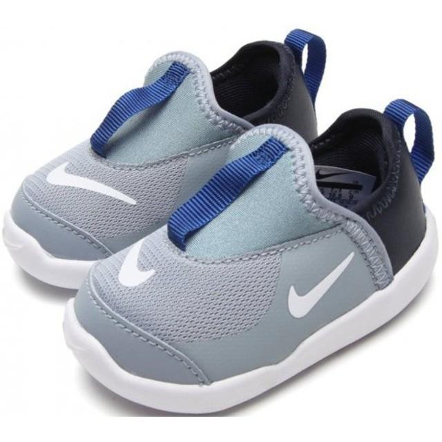 NIKE(ナイキ)の新品送料無料♪32%OFF!超人気ナイキ⭐️リトルスウッシュ#15 キッズ/ベビー/マタニティのキッズ靴/シューズ(15cm~)(スニーカー)の商品写真
