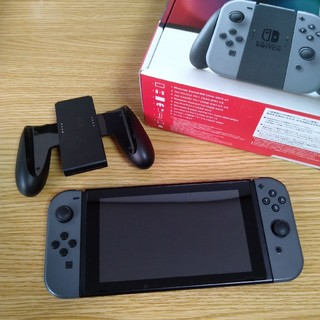 任天堂 - Nintendo Switch ニンテンドースイッチ 本体(グレー) 中古