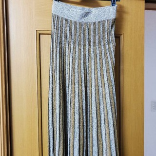 ザラ(ZARA)のプリーツ スカート Zara(ロングスカート)