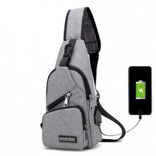 105 灰 ボディバッグ メンズ USBポート付(ボディーバッグ)