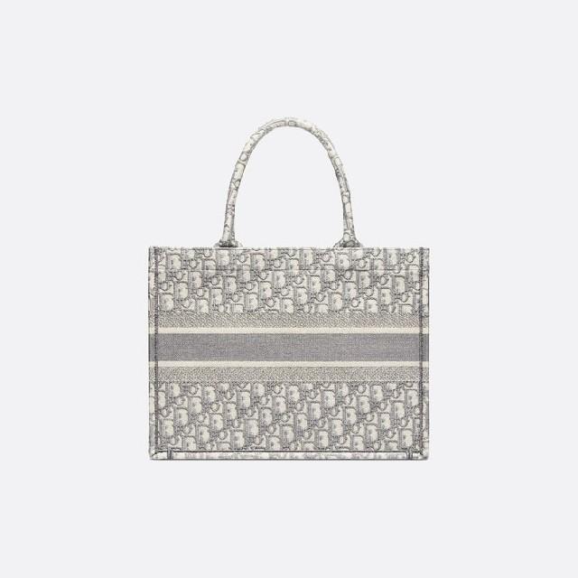 Dior(ディオール)のディオール 新品 トートバック レディースのバッグ(トートバッグ)の商品写真