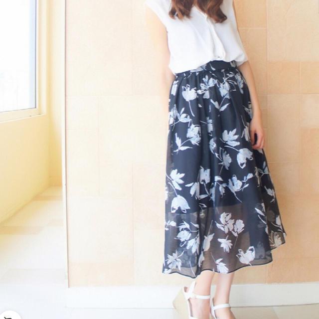 31 Sons de mode(トランテアンソンドゥモード)のトランテアンソンドゥモード スカート レディースのスカート(ロングスカート)の商品写真