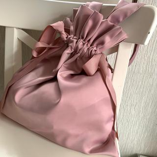 Lily Brown - サテン巾着リボントートバッグ